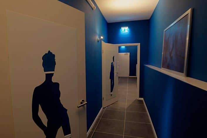 club-shiva-flur-toiletten